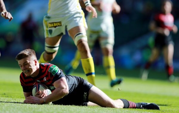 Saracens Owen Farrell scores their third try during the Heineken Cup Semi Final match at Twickenham, London